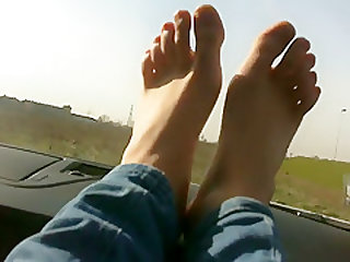 FOOT FETISH OUTDOOR 2