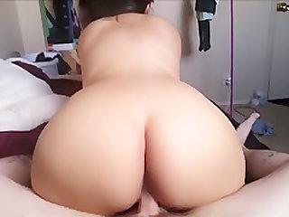 Big Ass Woman Is Cumshot